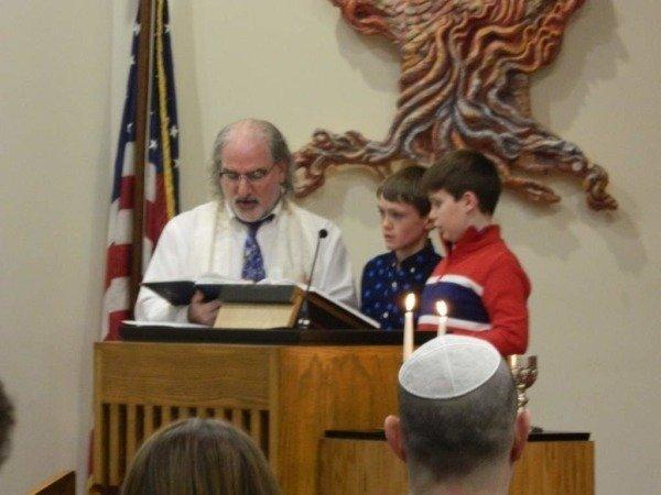 Grade 5 Religious School Family Shabbat Service