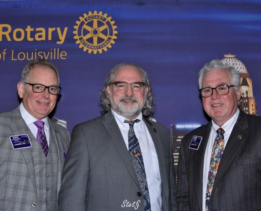 Rabbi Rapport Speaks at Rotary Club